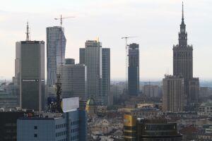 Przegląd prasy: biznesmen kupuje pod wieżowiec działki na pl. Defilad