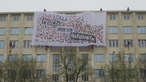 """Greenpeace na dachu ministerstwa. """"Cała puszcza parkiem narodowym"""""""