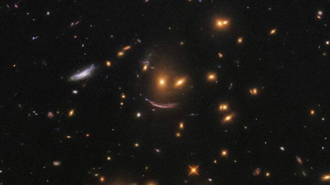 Kosmos uśmiecha się do Ciebie